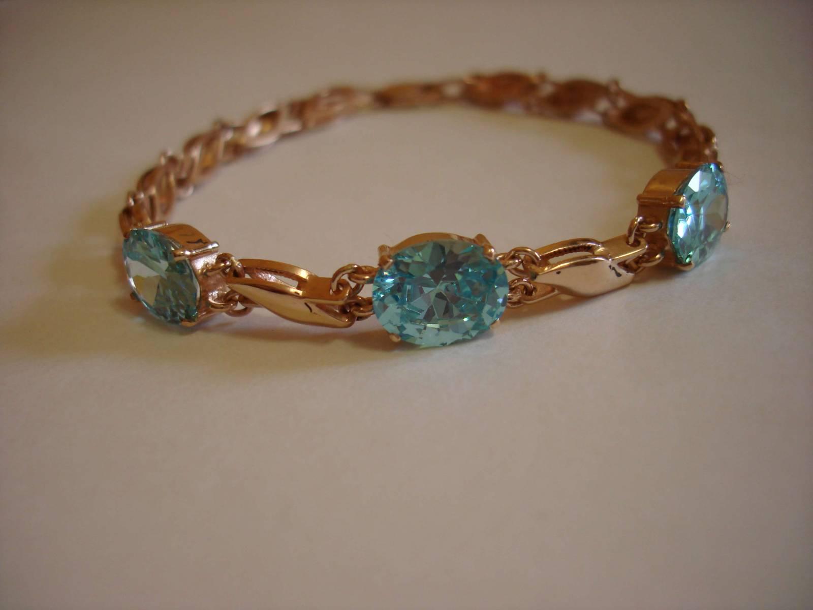 Золотые браслеты с камнями фото
