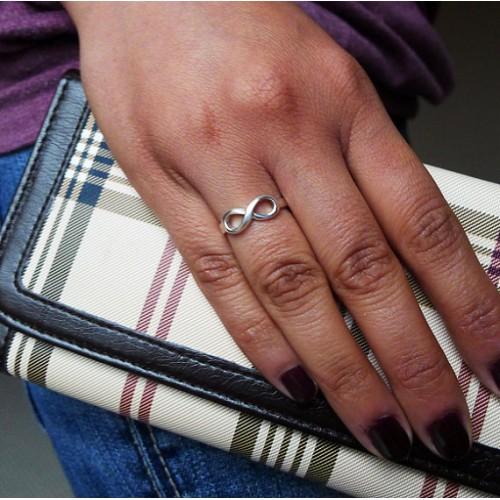 заказать кольцо со знаком бесконечность